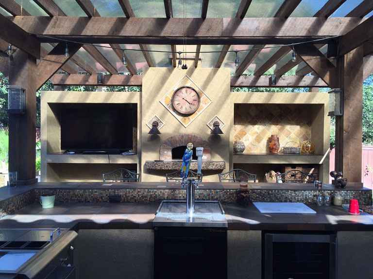 Why is it worth to invest in an outdoor kitchen?