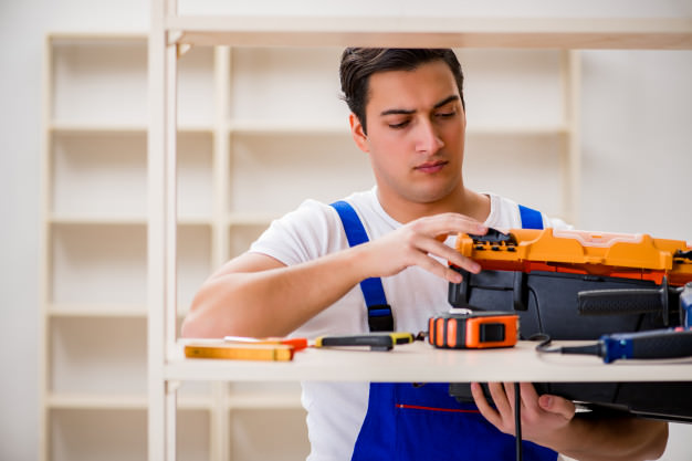 What Influence the Cost of Hiring a Handyman?