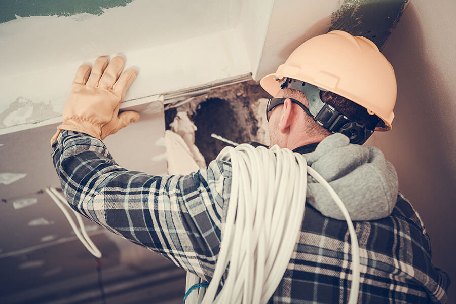 Electrician in Manly, NSW
