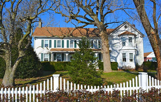 Front Fence Maintenance: A Preparation Before Winter