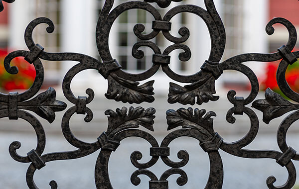 Common Gate Types
